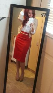 How-to-Wear-a-Red-Skirt-9